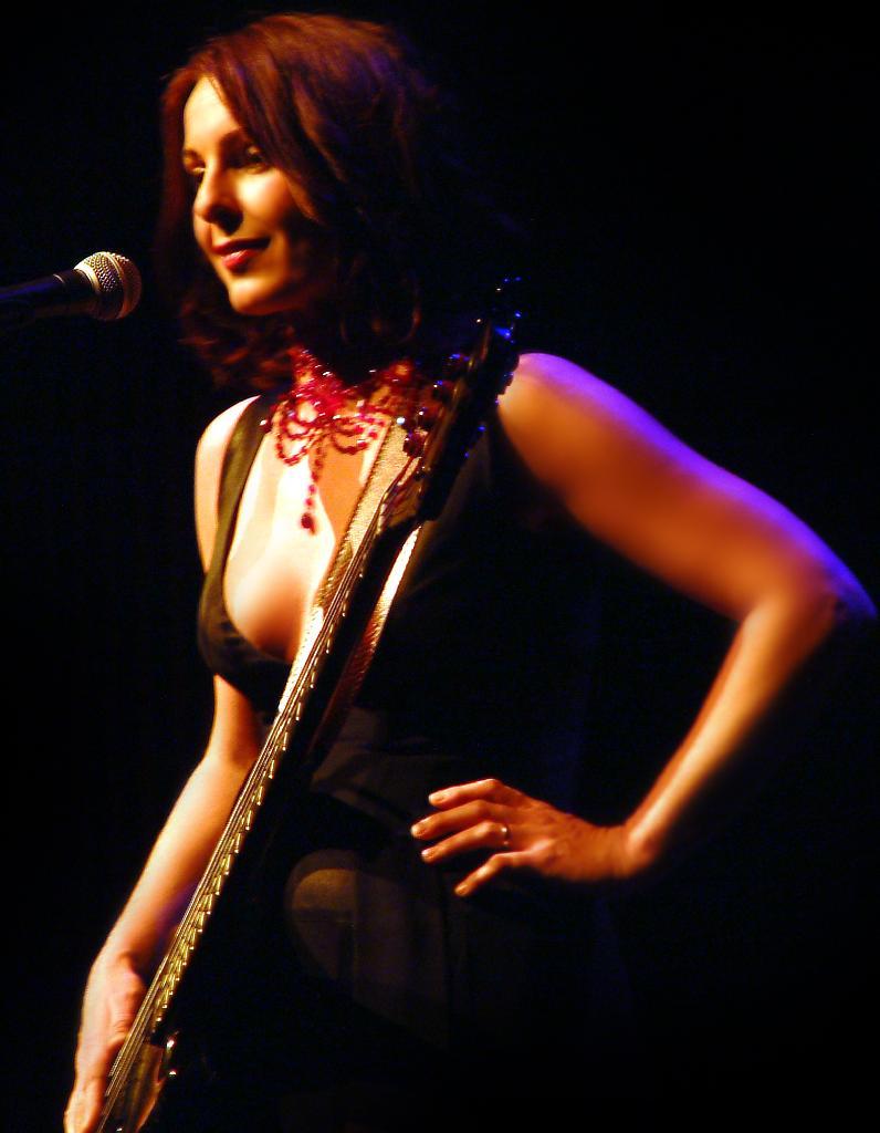 Sam Brown Singer